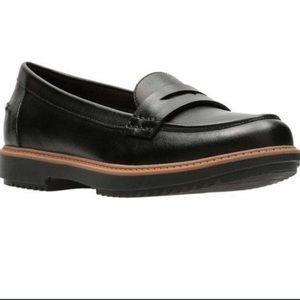 Clarks black leather Raisie Eletta penny loafer